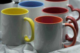 canide diferite culori si forme imprimate cu grafica ta